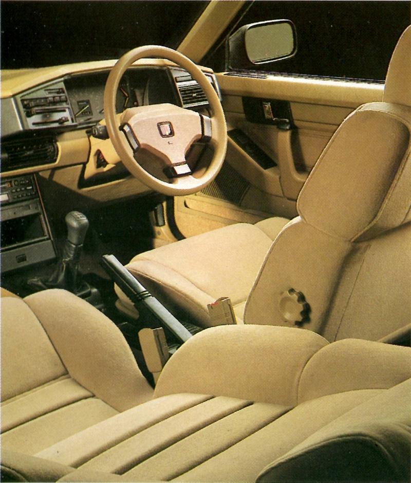 Rover 820i